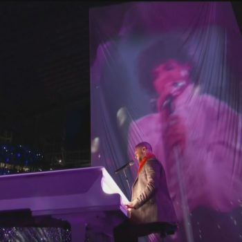 Wait, we thought Prince's image WOULDN'T be used at the 2018 Super Bowl?