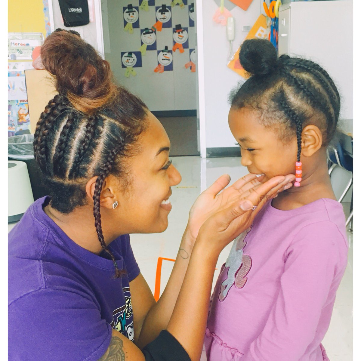 This teacher copied her student's braids to remind her that she has the power to inspire