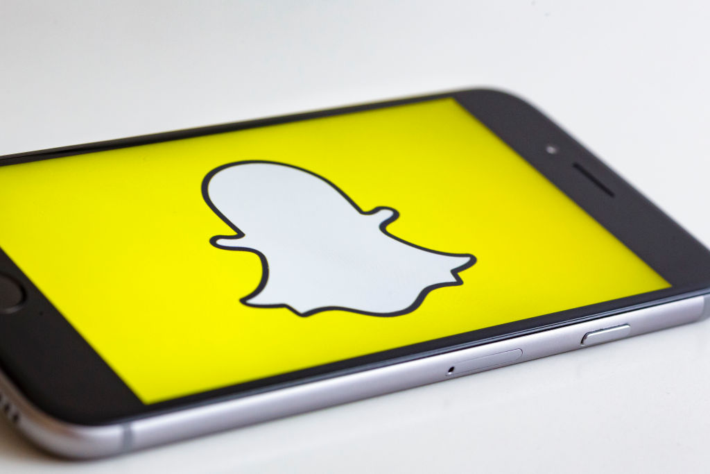 "Here's how to use Snapchat's new ""Do Not Disturb"" feature"