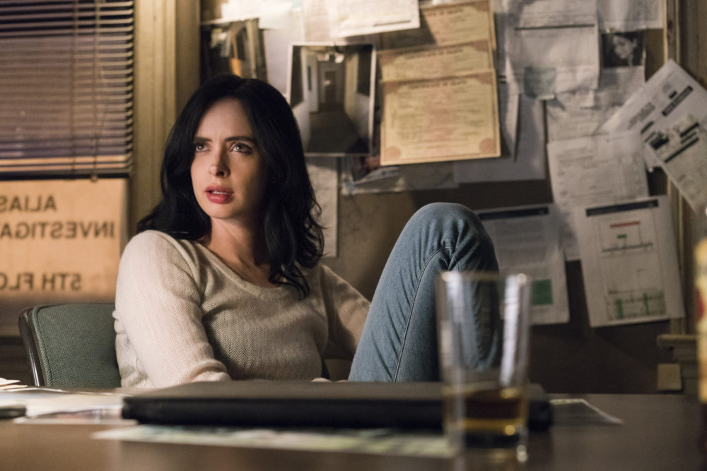 """Jessica Jones'"" Season 2 trailer shows our hero broken, bleeding, and punching all the dudes who get in her way"