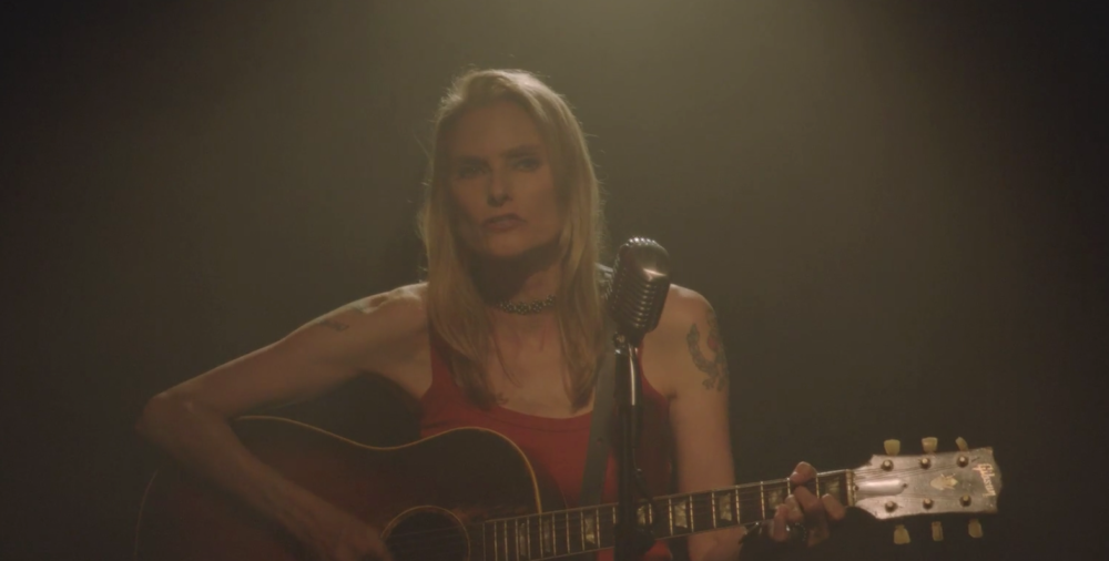 "Yes, that was really Aimee Mann in the latest episode of ""American Crime Story"""