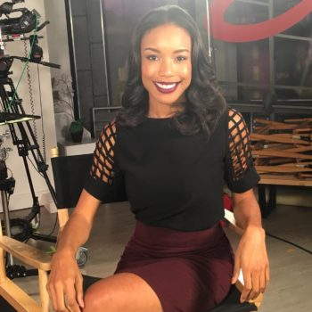Entertainment Tonight's Courtney Tezeno teaches how to work a room like a boss