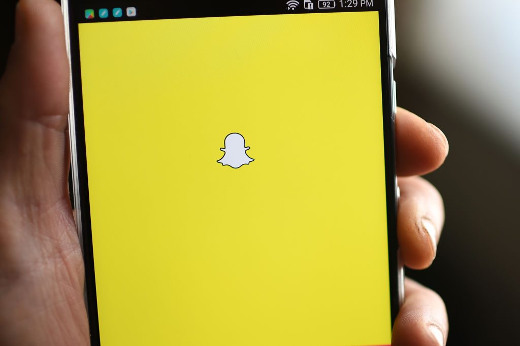 How to turn off automatic Snapchat updates, in case you're trying to reverse the update