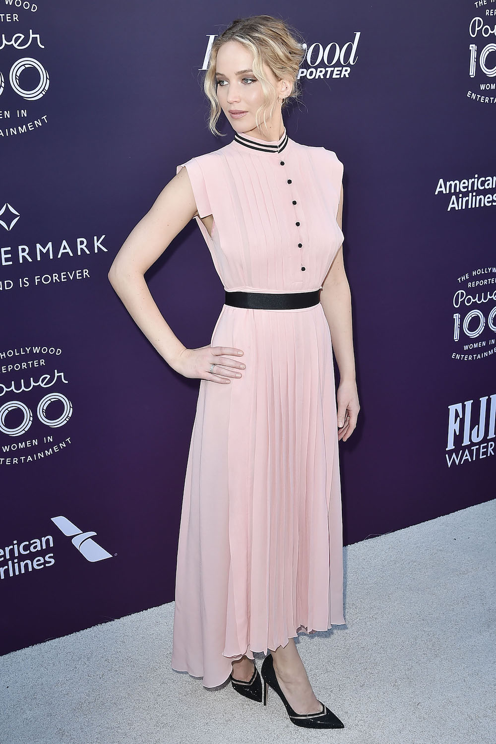 Jennifer Lawrence wore a millennial pink dress to Amy Schumer\'s ...
