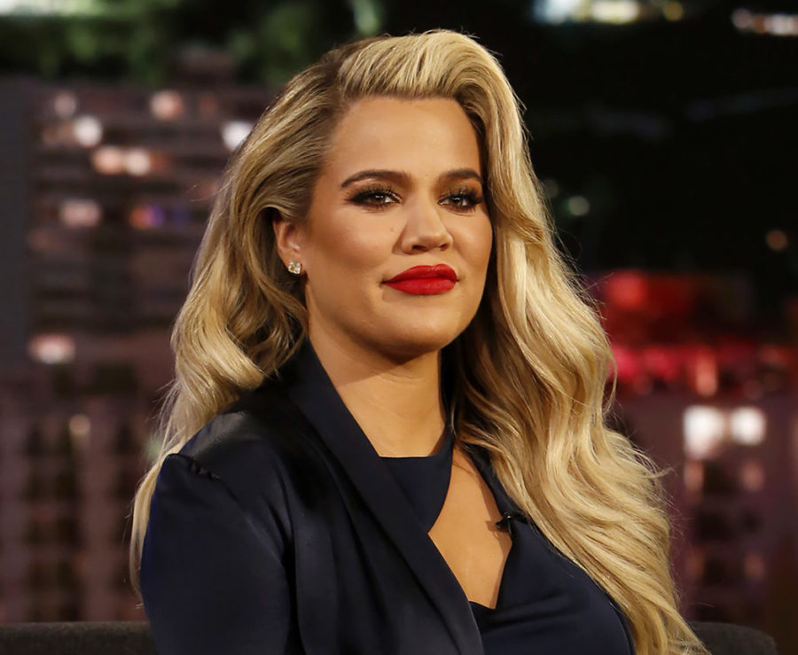 "Pregnant Khloé Kardashian says it's becoming harder to have sex: ""You can't move the same"""