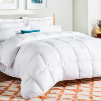 17 highest reviewed products on Amazon that you'll want for your bedroom
