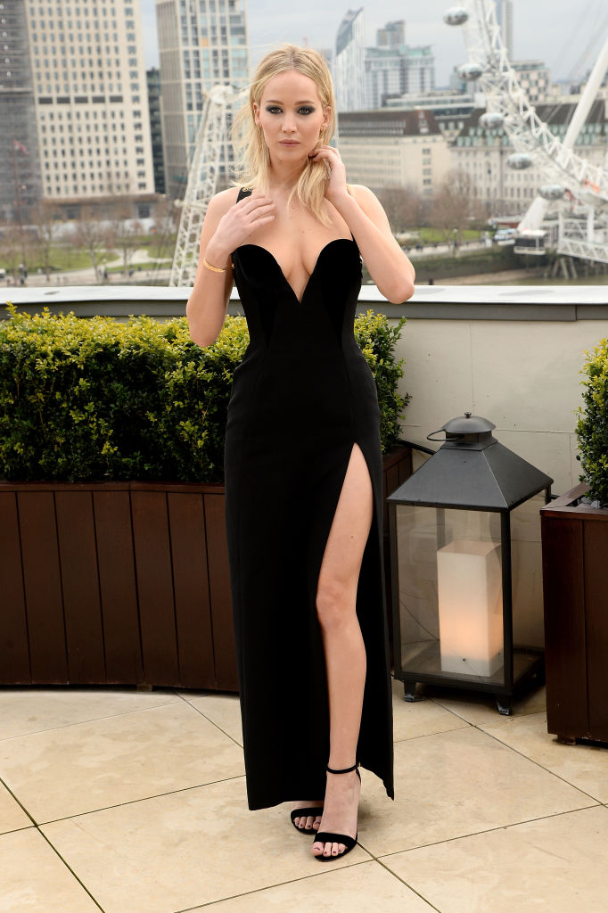 Jennifer Lawrence\'s thigh-high slit gown is an absolute power move ...