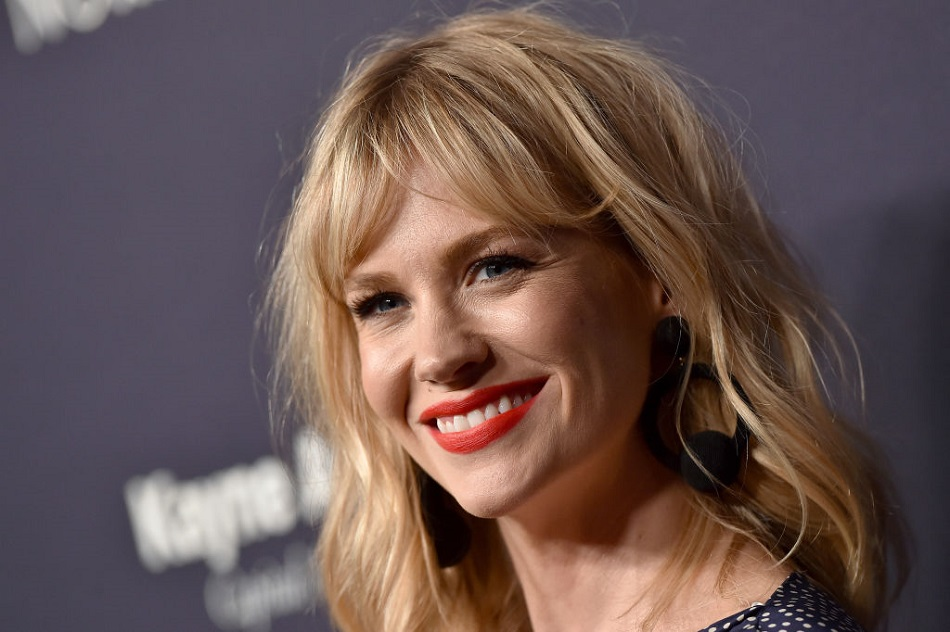 "January Jones set the record straight about whether she's dating ""The Bachelor's"" Nick Viall"