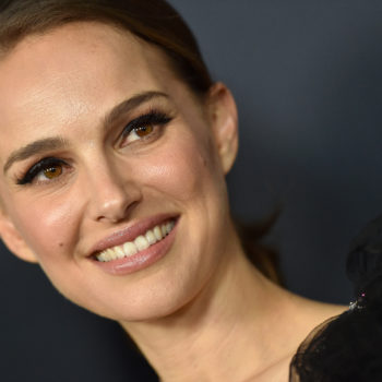 """Natalie Portman says she """"very much regrets"""" signing a petition that supported convicted rapist Roman Polanski"""