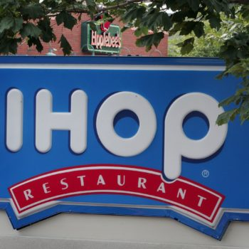 IHOP and Applebee's are closing a ton of locations in 2018, and it's making us nostalgic