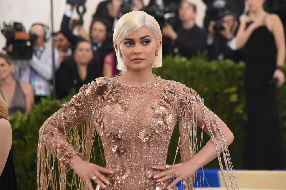 Kylie Jenner didn't actually destroy Snapchat with a single tweet — here's what's really happening