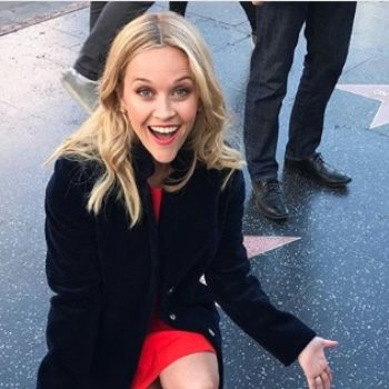 Reese Witherspoon cleans her own Hollywood Walk of Fame star, wins the internet