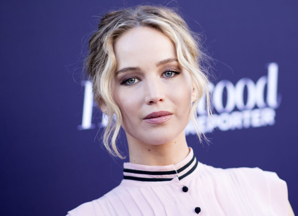 "Jennifer Lawrence had a meltdown over her ""Red Sparrow"" diet"