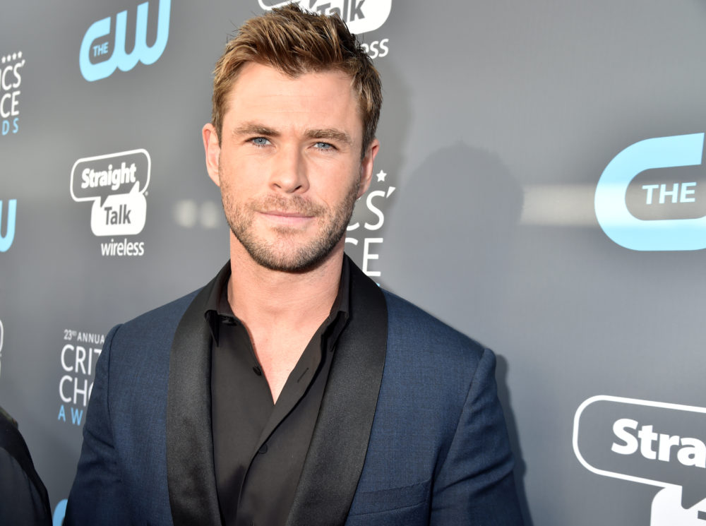 "Chris Hemsworth might star in the ""Men in Black"" reboot, making him a two-time galaxy defender"