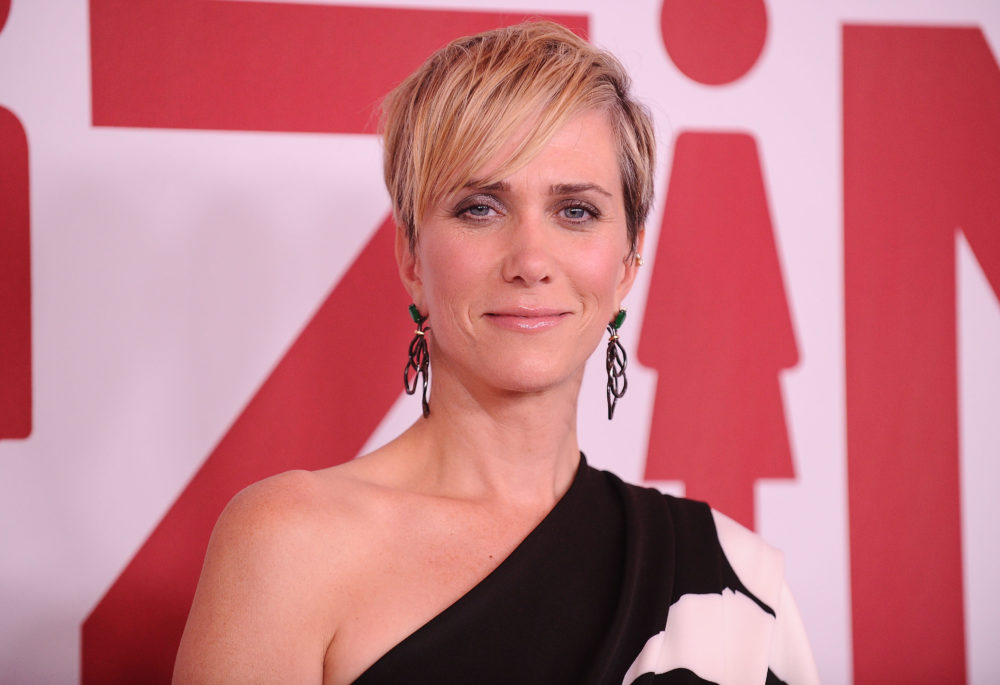 "Kristen Wiig might play the villain in ""Wonder Woman 2,"" and Twitter is full-on freaking out"