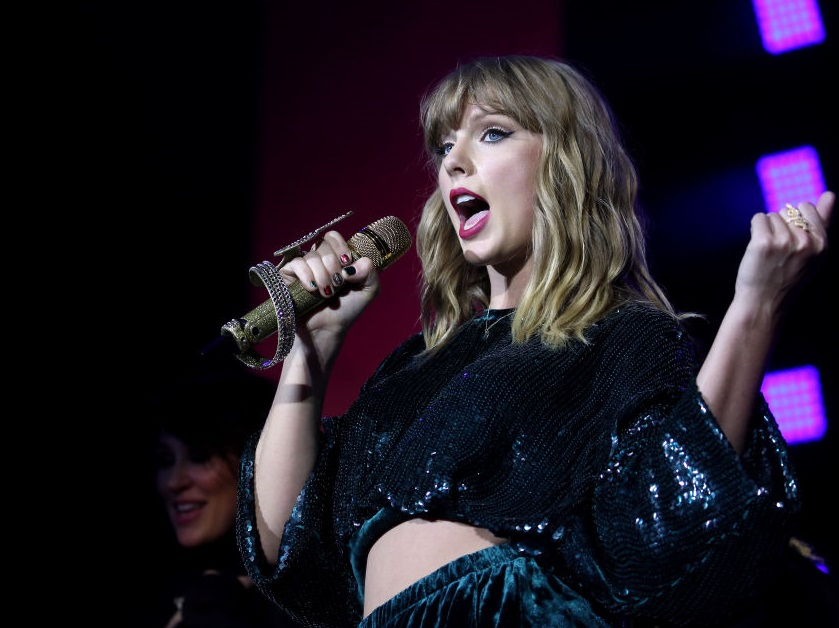 Taylor Swift just announced who'll be joining her on her Reputation Stadium Tour, and OMG!