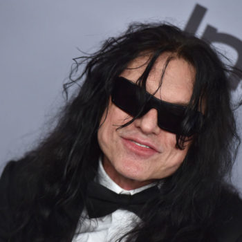 Tommy Wiseau is still holding out for an invite to the Oscars, and just pleaded his case on Twitter