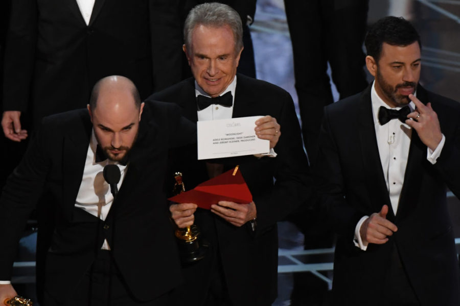 Oscars Envelopegate actually wasn't the first WTF Academy Awards moment