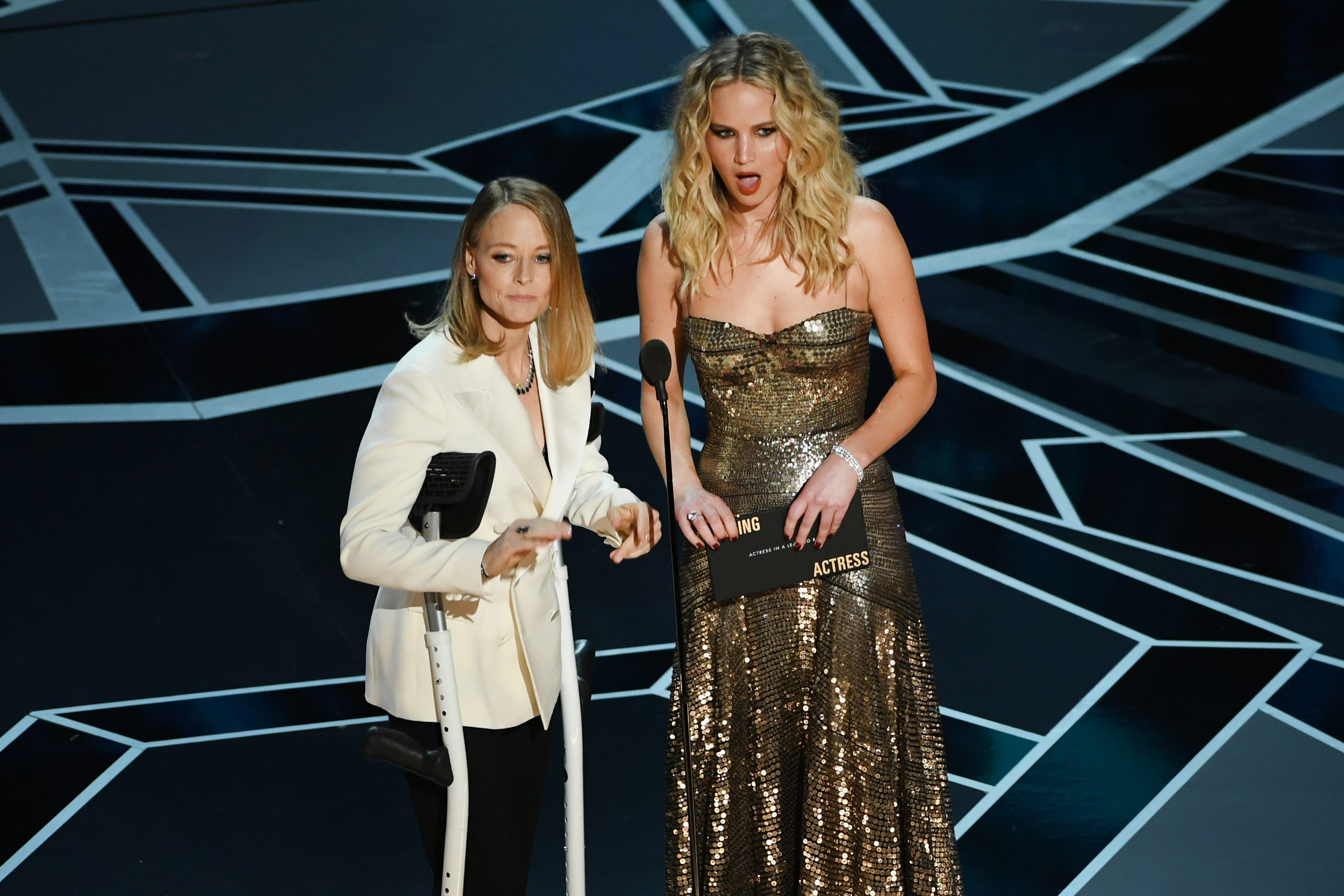 Best jokes about Jennifer Lawrence and Jodie Foster's ...