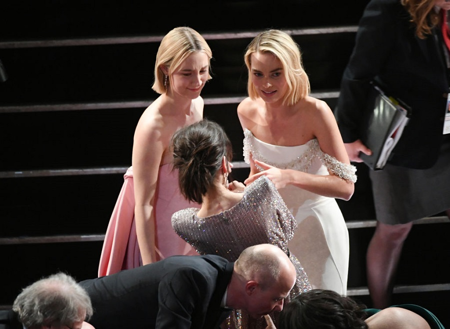 The Best Actress nominees hugged it out last night after losing, and it's everything