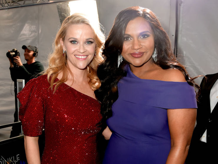 "Reese Witherspoon and Mindy Kaling eating pizza in their ""A Wrinkle in Time"" costumes is a big mood"