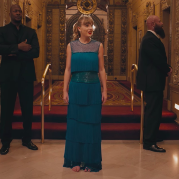"Taylor Swift's ""Delicate"" video is full of parallels to ""The Great Gatsby,"" right down to the fringe dress"