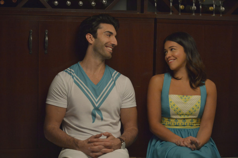 "Gina Rodriguez just hinted that ""Jane the Virgin"" is ending, and we're waiting for Rogelio's Twitter meltdown"