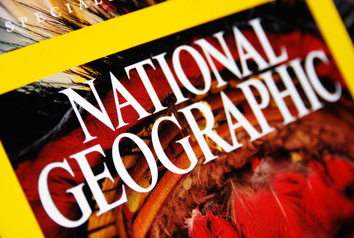 "Who are the twins on the cover of the ""National Geographic"" race issue?"