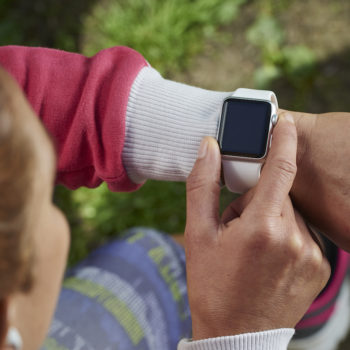 The difference between Apple Watch and Fitbit, so you know which one to buy