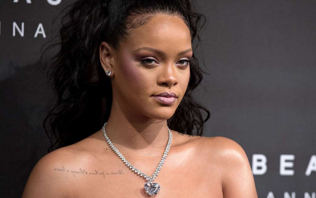 Snapchat pulled an awful Rihanna and Chris Brown ad that joked about domestic abuse