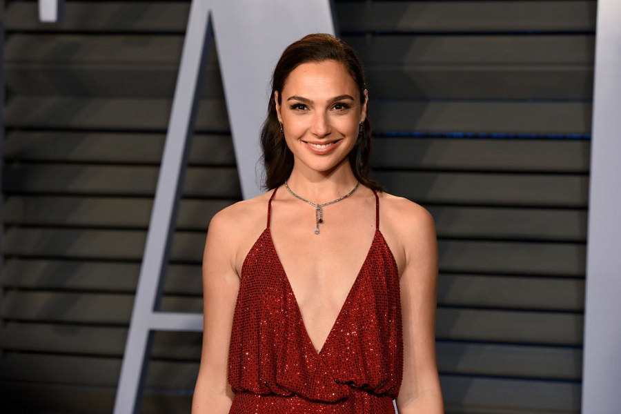 People are upset with Gal Gadot's tribute to Stephen Hawking