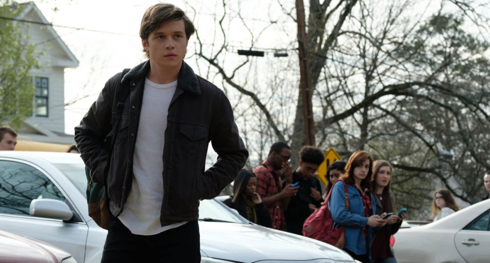 """I have nothing bad to say about """"Love, Simon"""" because it actually *is* a perfect movie"""