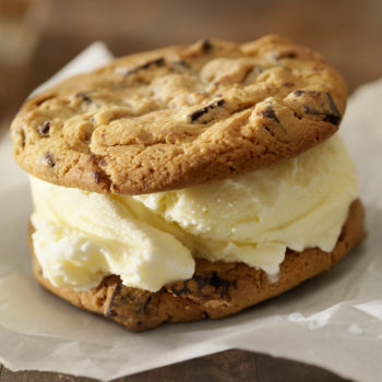 This genius hack for making ice cream sandwiches is a delicious game changer