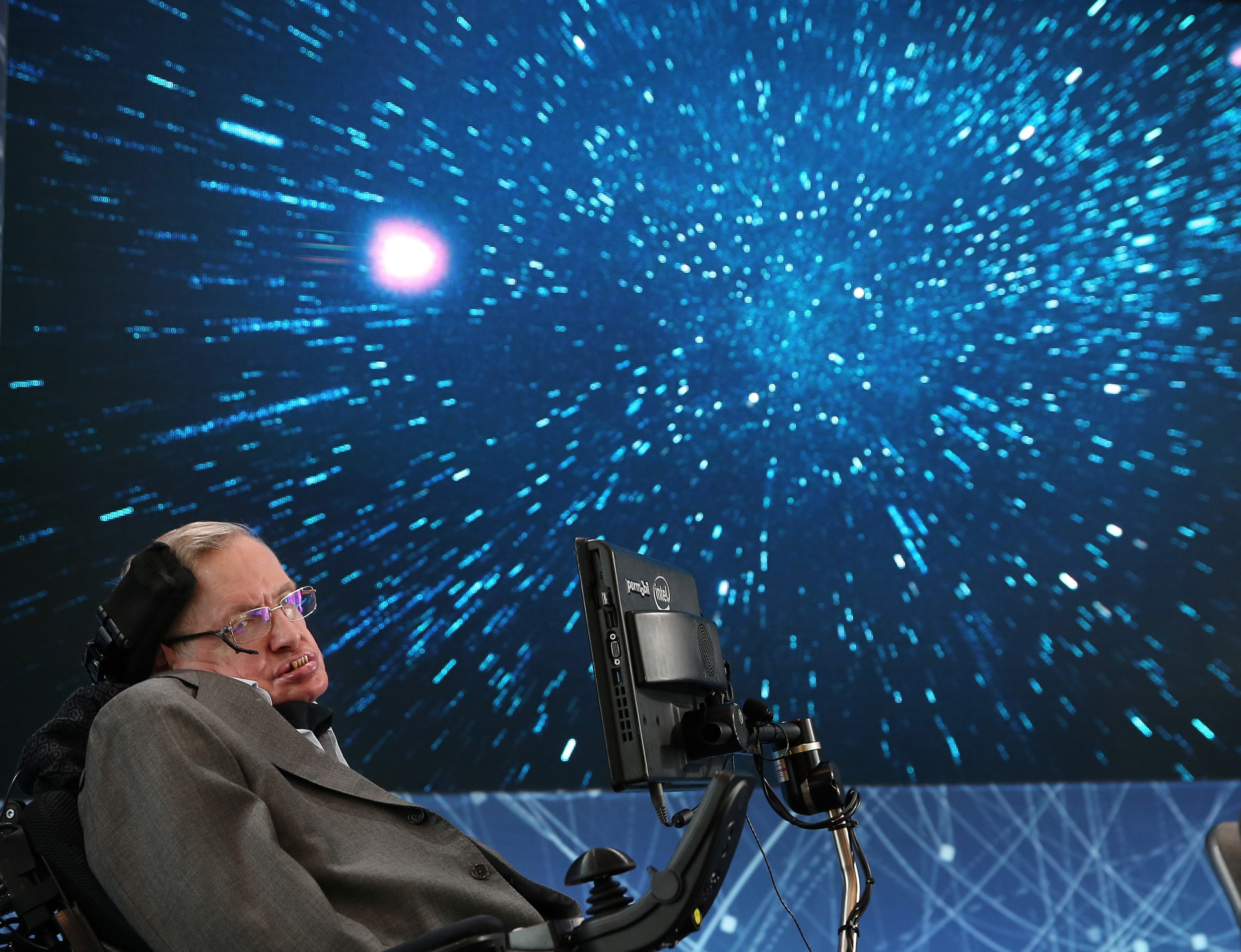 Stephen Hawking's final research paper could help us prove the existence of multiple universes, and wow