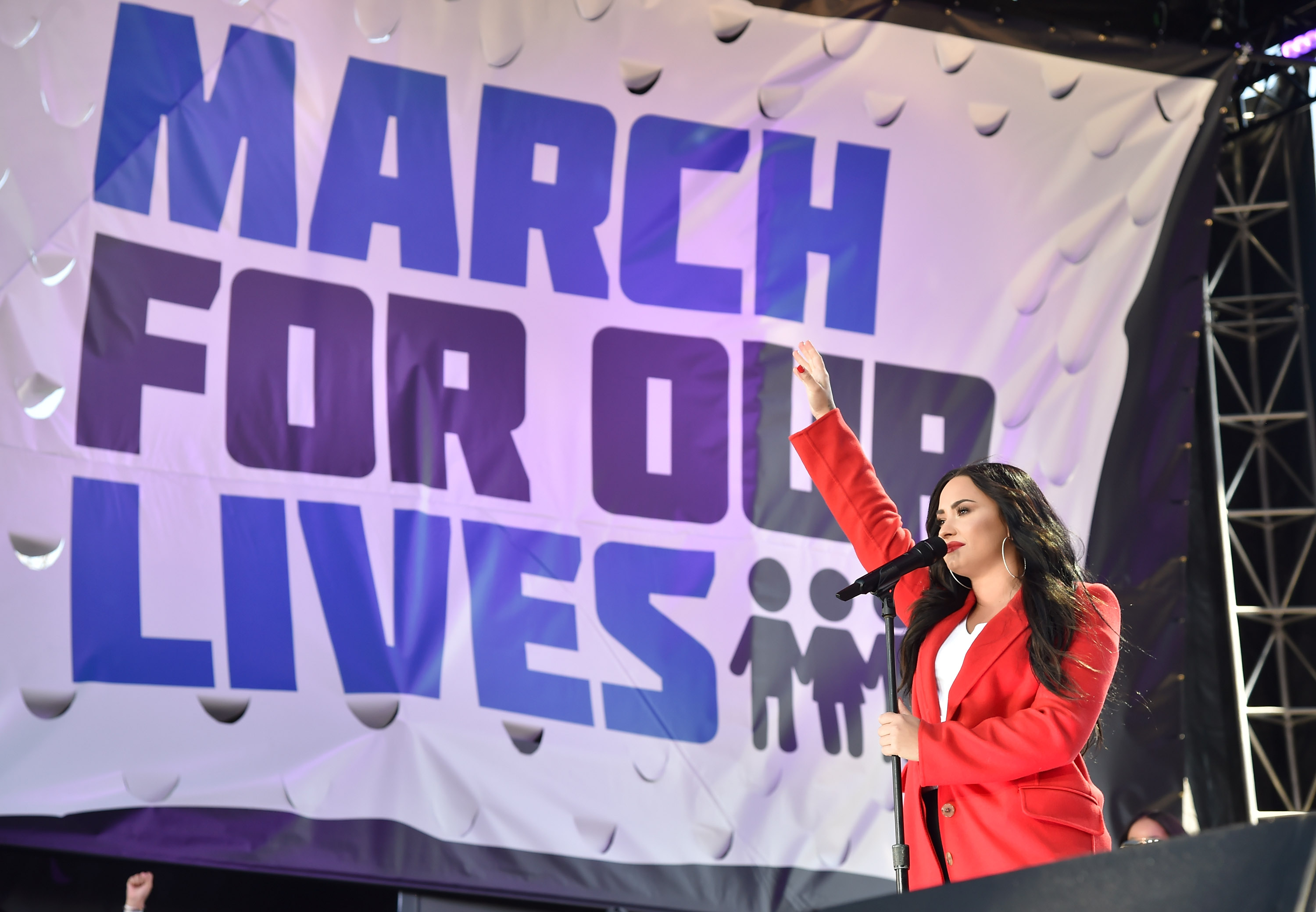 """Demi Lovato's performance of """"Skyscraper"""" at March for Our Lives will send actual chills through your body"""