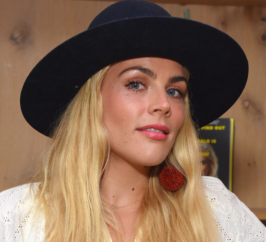 Busy Philipps's sunburned eyes sent her to the ER — could it happen to you?
