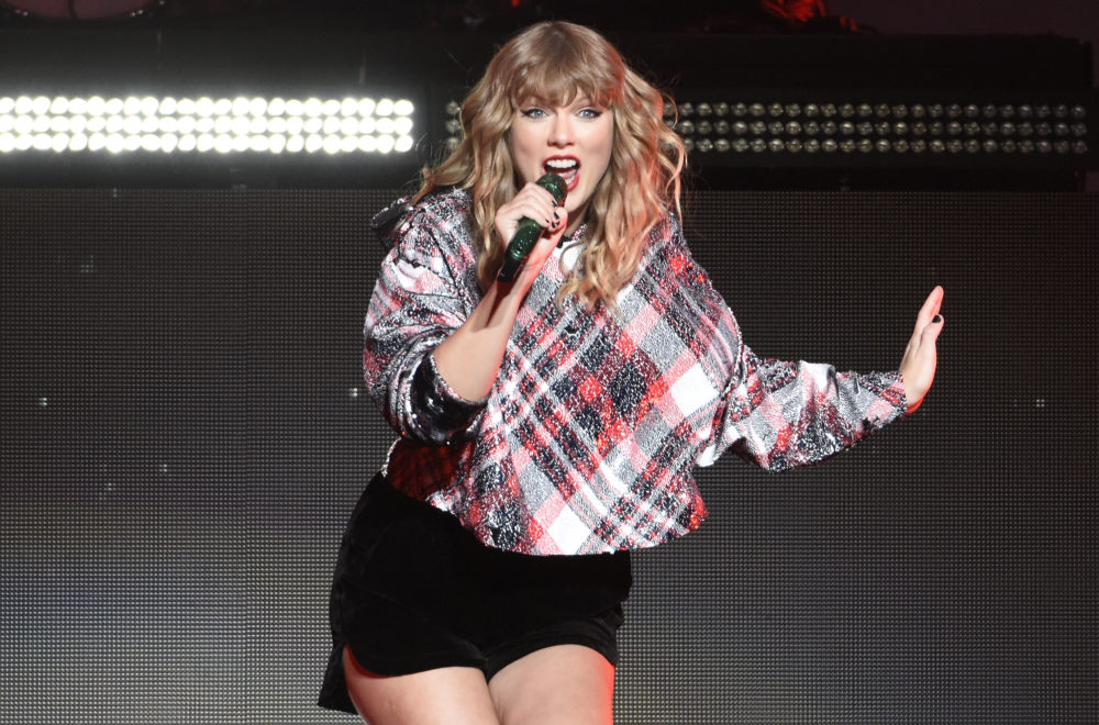 How to Watch the New T... Taylor Swift Songs