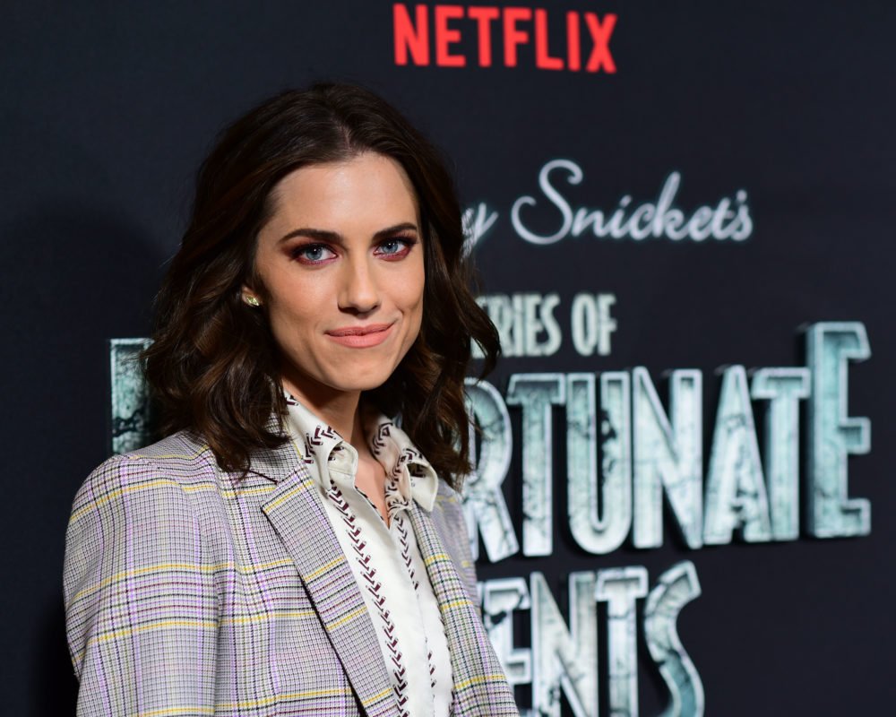 "Who is Allison Williams playing in ""A Series of Unfortunate Events""? Her character is a pretty big deal"