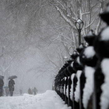 Here's how much snow NYC can expect today, and how it will affect your commute