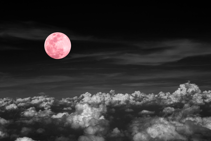 This is the true meaning behind the Pink Moon in April