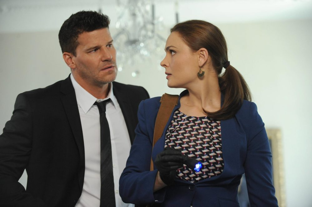 """Instinct"" inadvertently ripped off a ""Bones"" storyline, and Detective Twitter is on the case"
