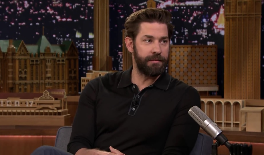 "John Krasinski says this is when he knew he ""married up"" with Emily Blunt"