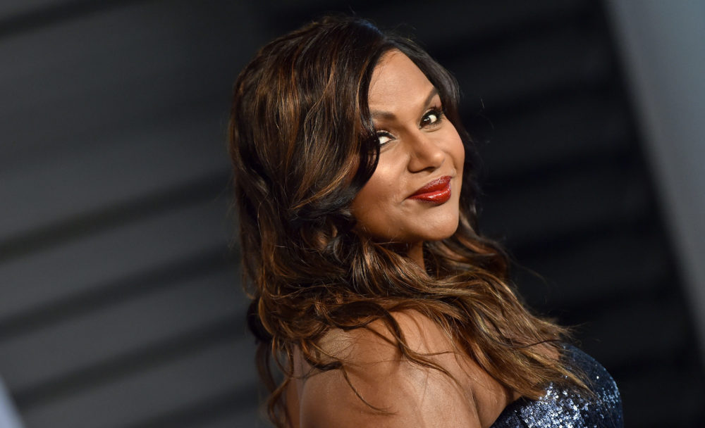 Mindy Kaling giving advice through GIFs is the only advice we'll ever need