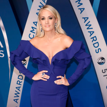 Carrie Underwood and Kelly Clarkson shut down a Twitter poll that pitted them against each other, and we're loving it