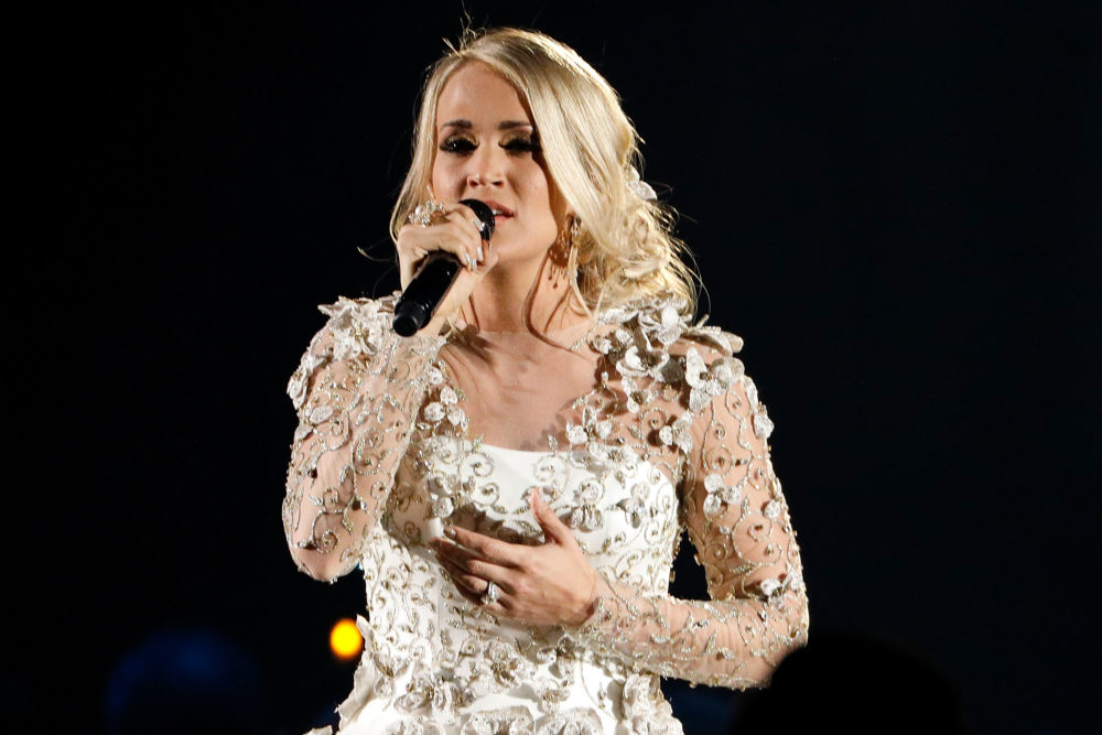 Carrie Underwood has set her first post-accident performance, and we're so glad she's back
