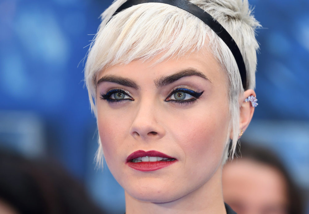 Whoa, so this is apparently why humans have eyebrows (and it's not just to look fab)
