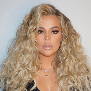 Khloé Kardashian's new hair color is giving us major Daenerys vibes