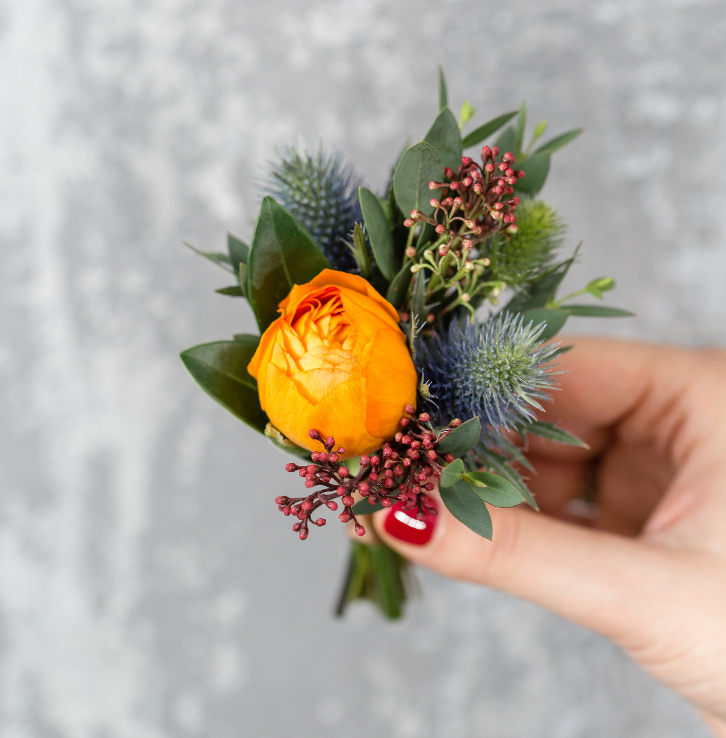 How To Make A Boutonniere For Prom In 4 Easy Steps Hellogiggles