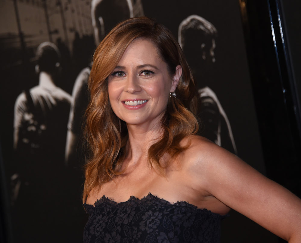 Jenna Fischer, an amazing person, is donating her speaking fee from one of her latest events to charities