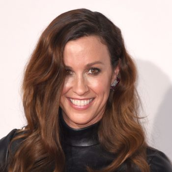 Alanis Morissette traded in her signature long locks for a dramatic pixie cut, and we're obsessed